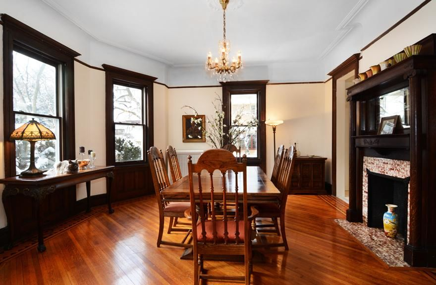 Beautiful Victorian Home...Plus A Huge Garden (single Family 5000 Sq.ft. Lot) Photo 1 - BBR-1586
