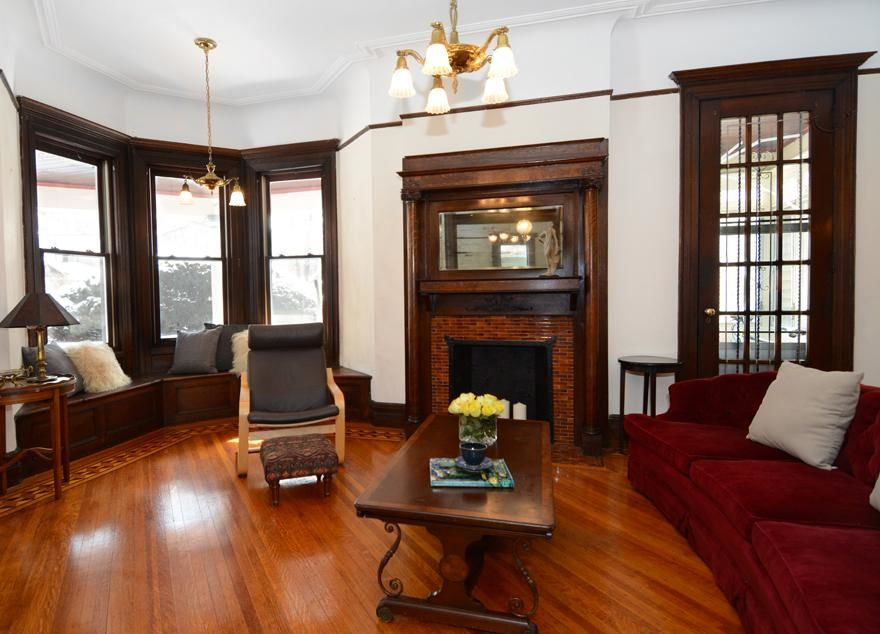 Beautiful Victorian Home...Plus A Huge Garden (single Family 5000 Sq.ft. Lot) Photo 2 - BBR-1586
