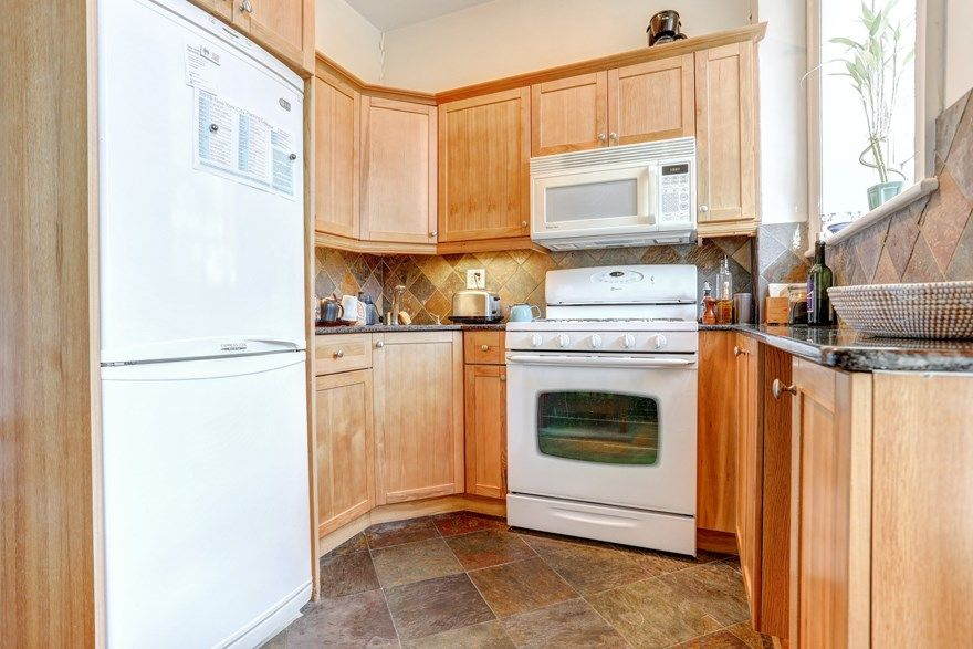 Carroll Gardens Three Family Townhome Photo 9 - BBR-2547