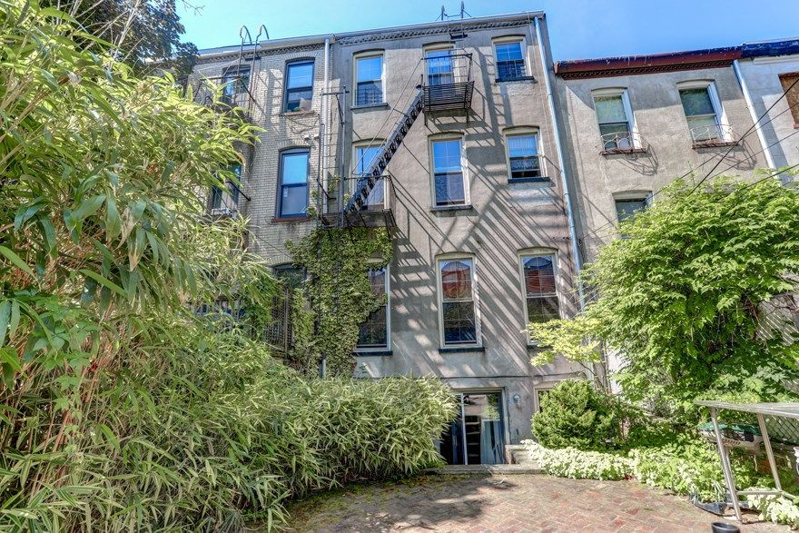 Carroll Gardens Three Family Townhome Photo 11 - BBR-2547