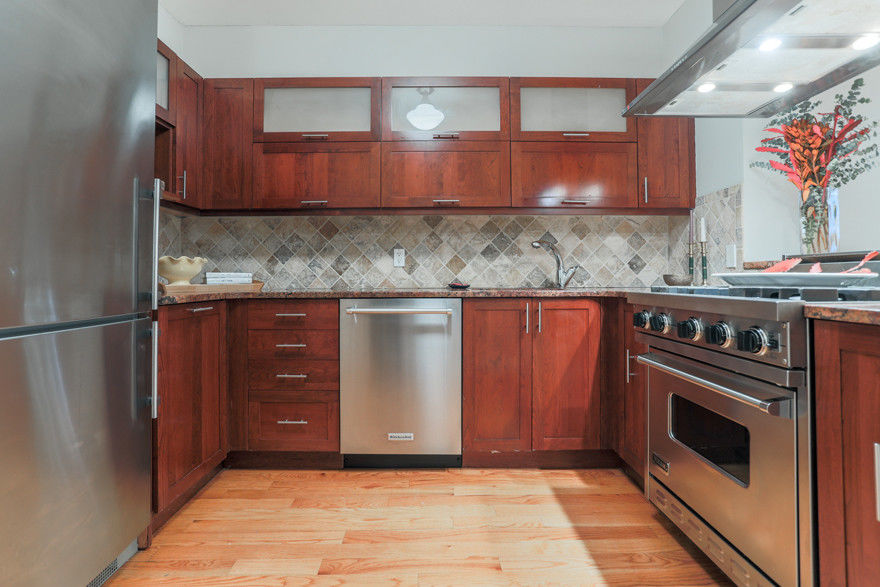 Cobble Hill Duplex Condo W/ Low Carrying Charges... Best Deal! Photo 3 - BBR-2624