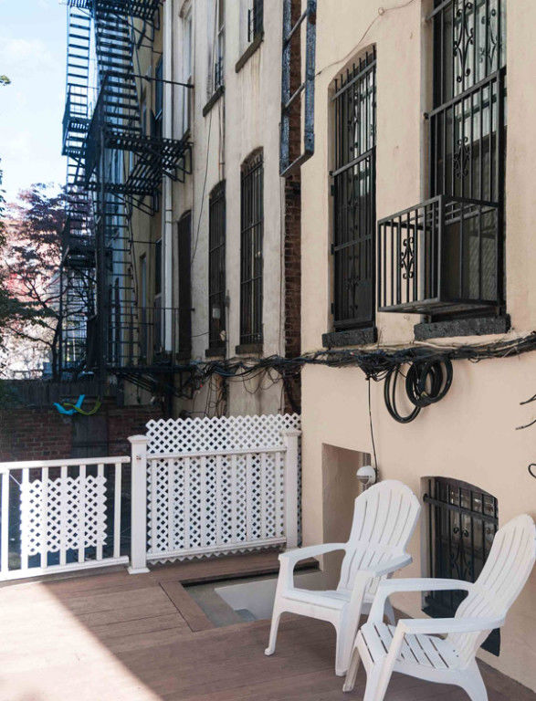 Cobble Hill Duplex Condo W/ Low Carrying Charges... Best Deal! Photo 9 - BBR-2624