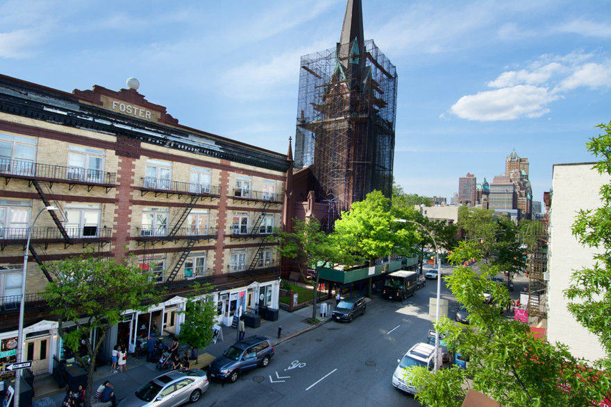 $300K Price Drop! Work, Live And Play... Extra Large Cobble Hill, Corner, Mixed Use Building Photo 1 - BBR-2652
