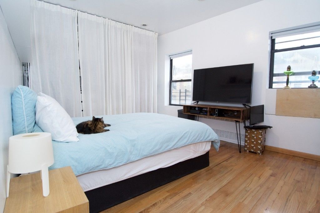 Major Price Slash! Motivated Seller! Extra Large Cobble Hill, Corner, Mixed Use Building Photo 4 - BBR-2661