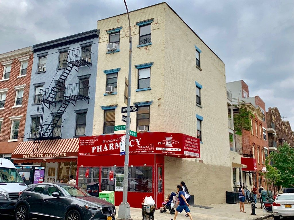 Major Price Slash! Motivated Seller! Extra Large Cobble Hill, Corner, Mixed Use Building Photo 0 - BBR-2661
