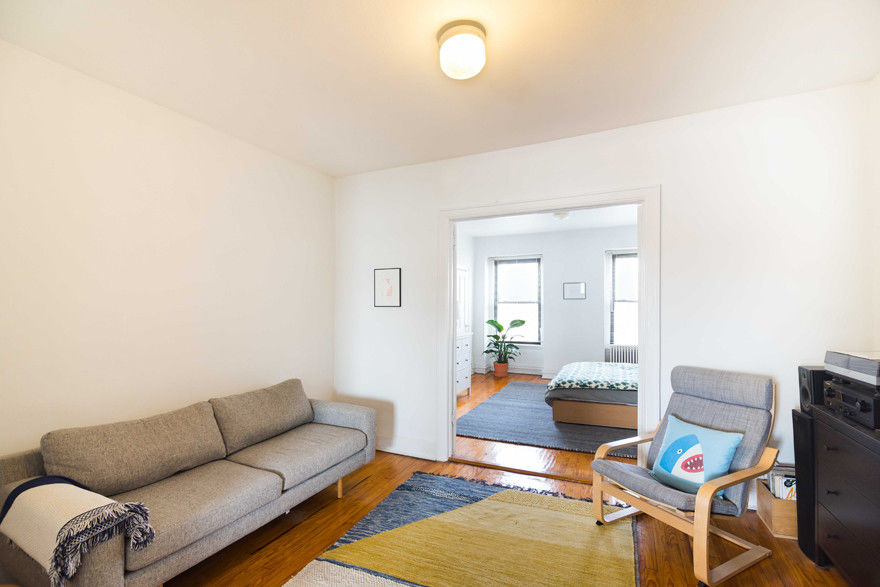 Classic Carroll Gardens Townhouse Photo 4 - BBR-2701