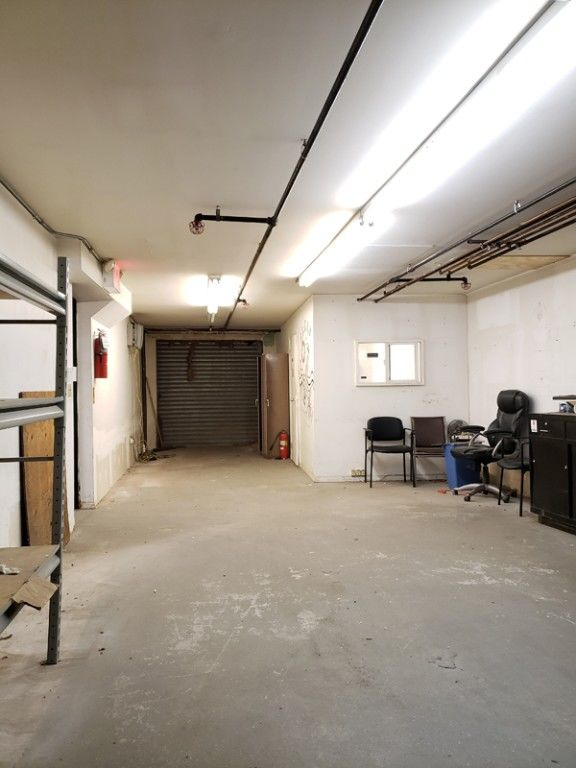 Warehouse Space With Loading Dock & Inside Parking! Photo 6 - BBR-2705