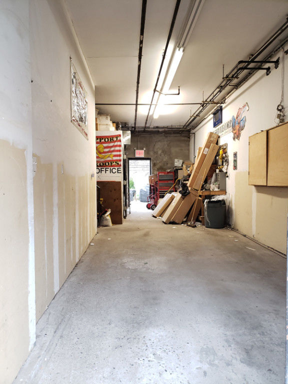 Bring Your Entrepreneur Energy To This Warehouse Space With Loading Dock &  Inside Parking! Photo 1 - BBR-2705