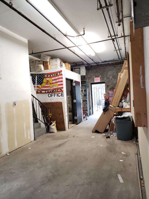 Bring Your Entrepreneur Energy To This Warehouse Space With Loading Dock &  Inside Parking! Photo 2 - BBR-2705