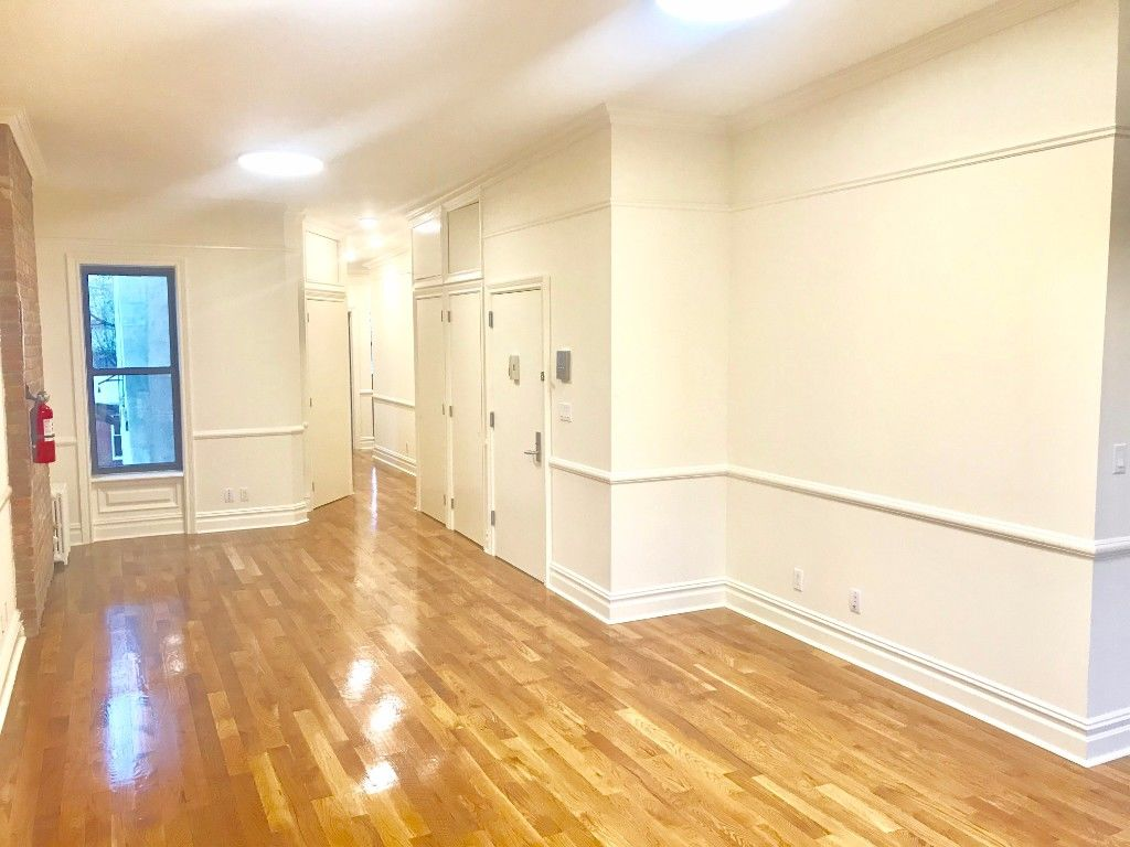 NO FEE!! Gut Renovated Entire Penthouse Stunning Boerum Hill Apartment Photo 2 - BBR-2715