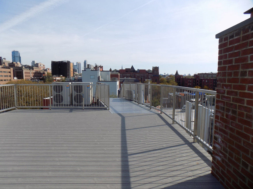 Stunning Cobble Hill Duplex In The Sky With Harbor And Manhattan Views + Parking Available Photo 20 - BBR-2719