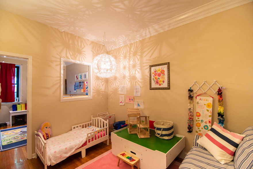 Enchanting Carroll Gardens Townhome Photo 6 - BBR-2745