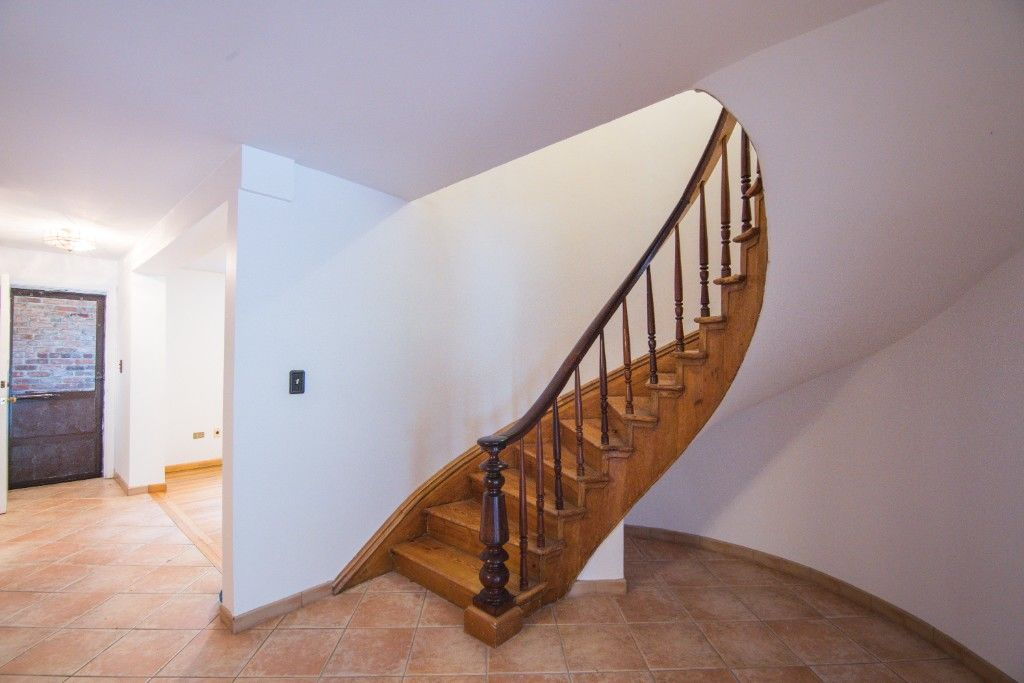 34' Wide Brownstone DUPLEX Tucked Away On A Tree Lined Block NO FEE Photo 7 - BBR-2788