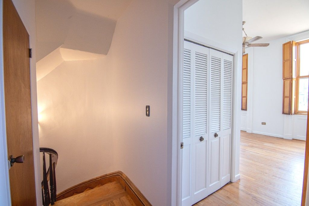 34' Wide Brownstone DUPLEX Tucked Away On A Tree Lined Block NO FEE Photo 9 - BBR-2788