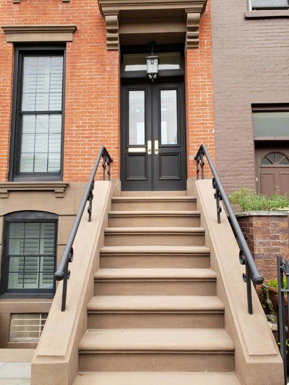 Immaculate Townhome Living Inside & Out! Photo 13 - BBR-2794