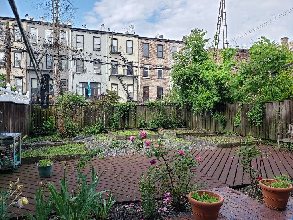 Come Home To One Of The Prettiest Blocks...  Brownstone Duplex Photo 18 - BBR-2798