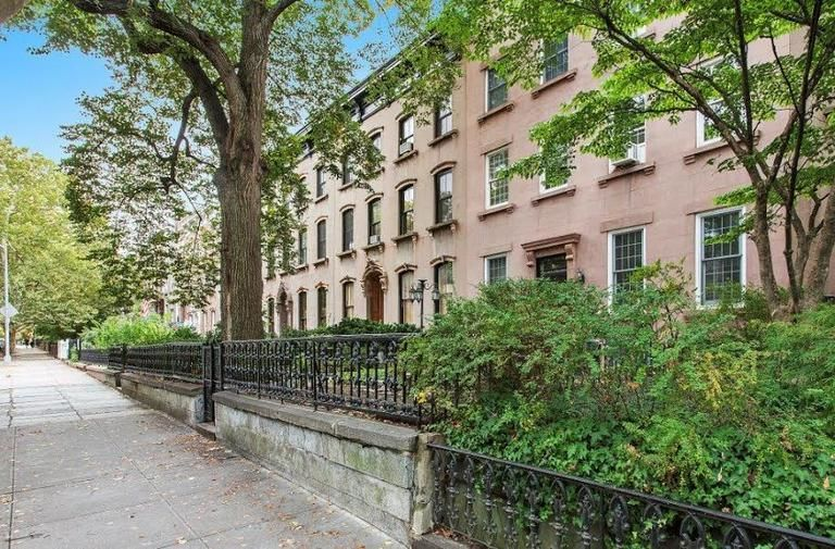 Come Home To One Of The Prettiest Blocks...  Brownstone Duplex Photo 19 - BBR-2798