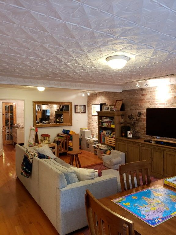 Grand One Bedroom/Convertible 2 Bedroom Loaded With Detail Photo 7 - BBR-2804