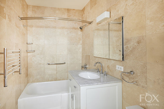 58 West 58th Street, Apt 3C Photo 8 - FR-1416464