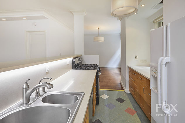 58 West 58th Street, Apt 3C Photo 4 - FR-1416464
