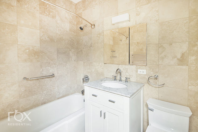 58 West 58th Street, Apt 3C Photo 9 - FR-1416464