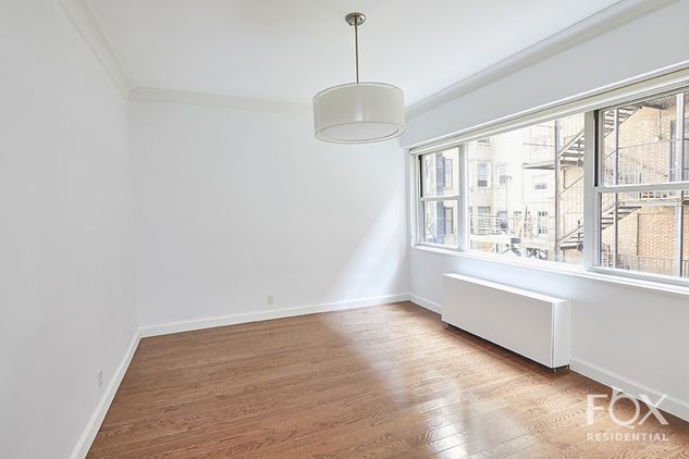 58 West 58th Street, Apt 3C Photo 3 - FR-1416464