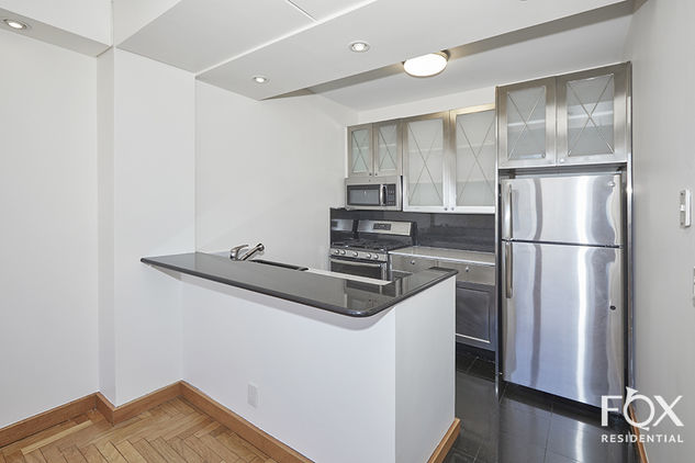418 East 59th Street, Apt 36a Photo 4 - FR-756388