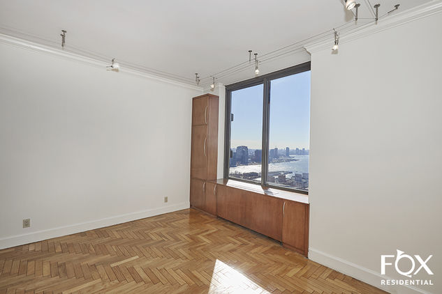 418 East 59th Street, Apt 36a Photo 11 - FR-756388