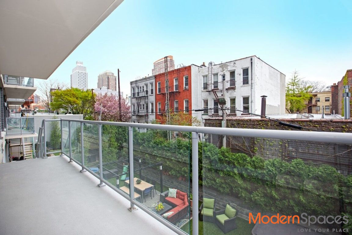 New To Market!  2 Bedroom 2 Baths With XL Backyard And Rooftop Cabana Photo 6 - MODERNSPACESNYC-111342