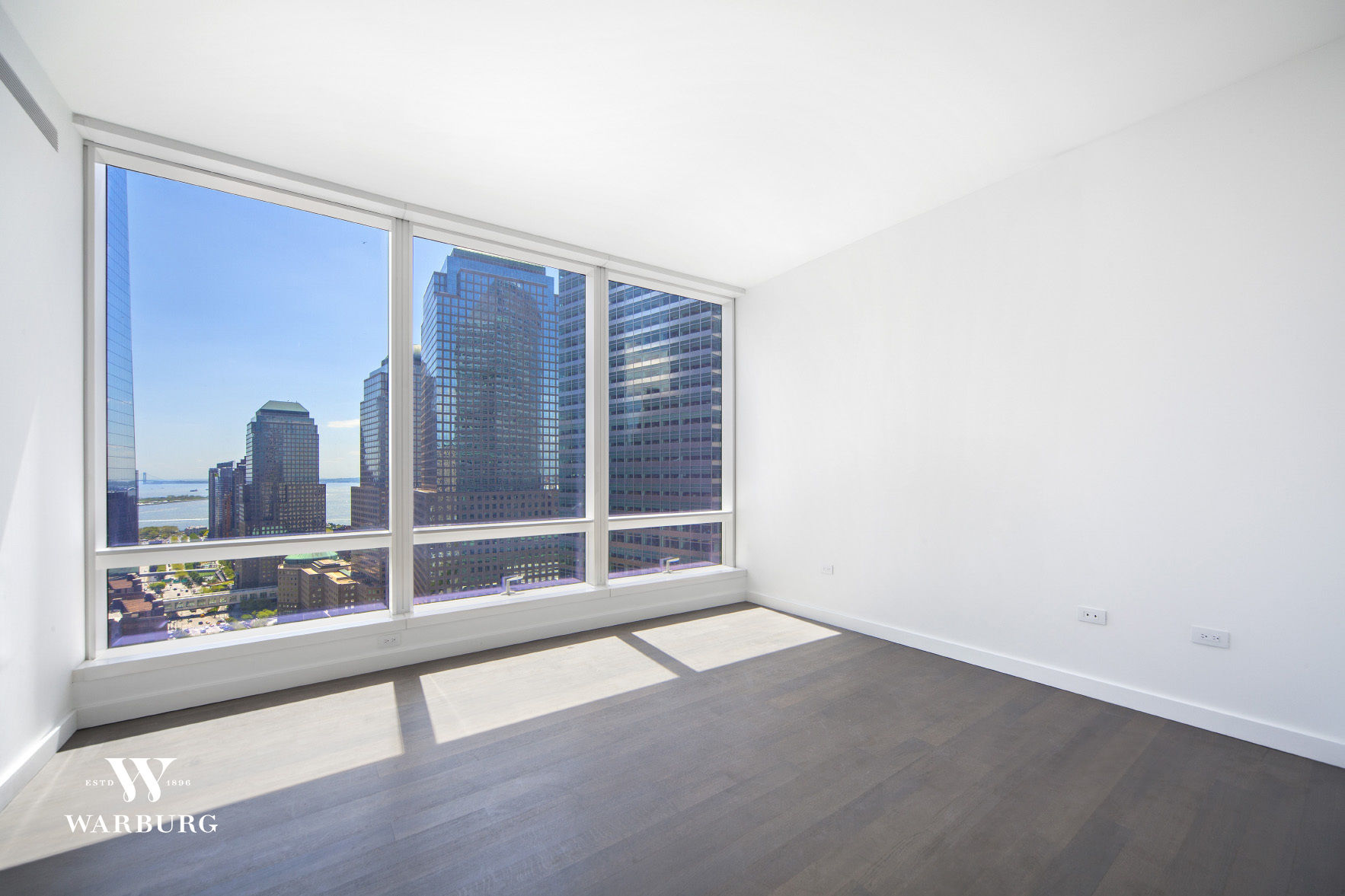 111 Murray Street, Apt 33B Photo 4 - WR-1157479