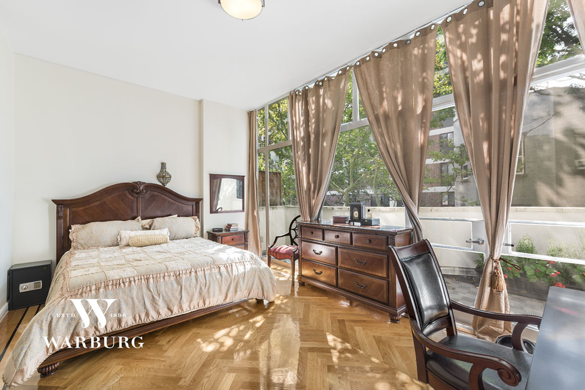 32 East 74th Street Photo 3 - WR-2799260