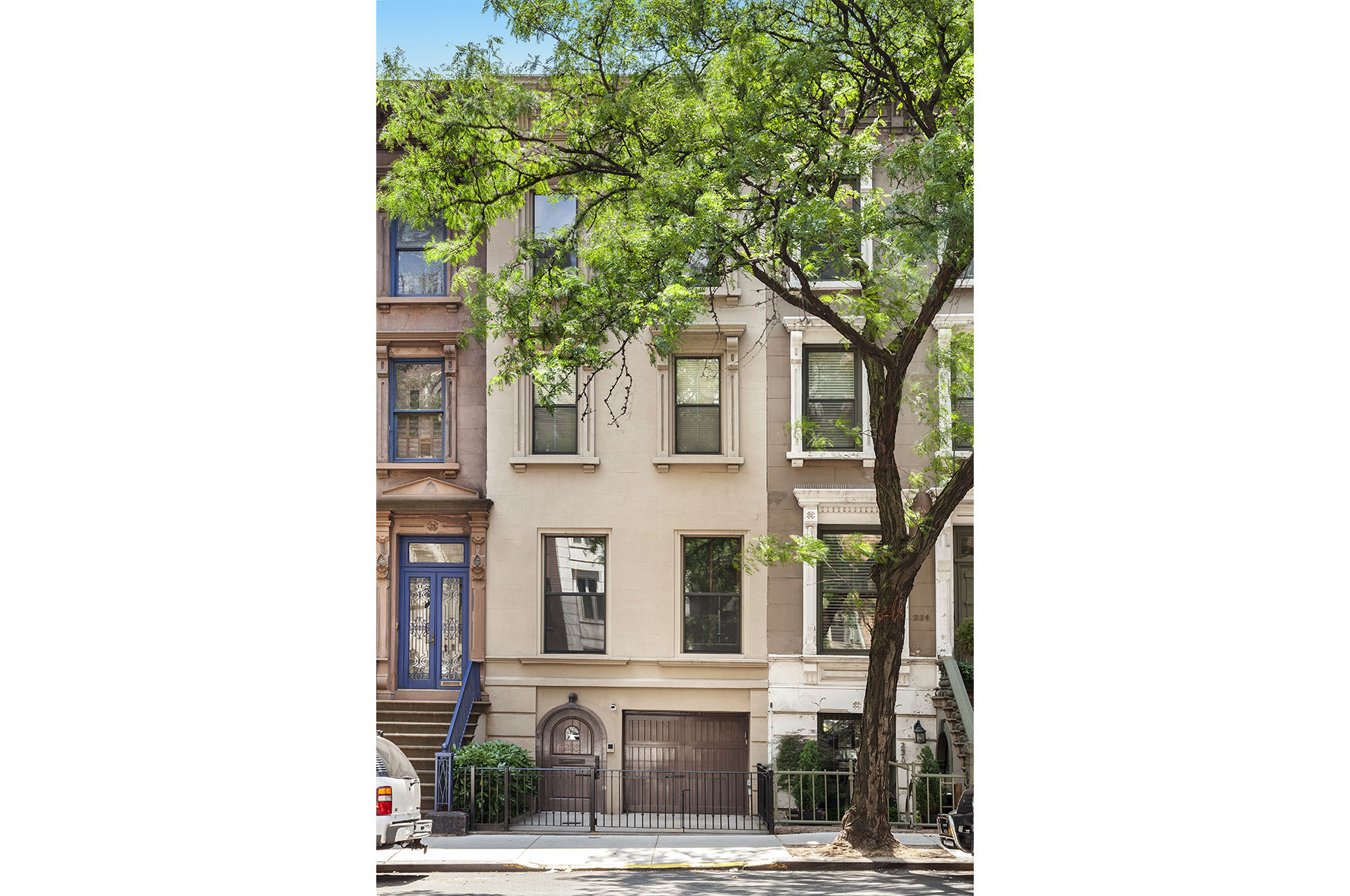 236 East 72nd Street Photo 1 - WR-2980651