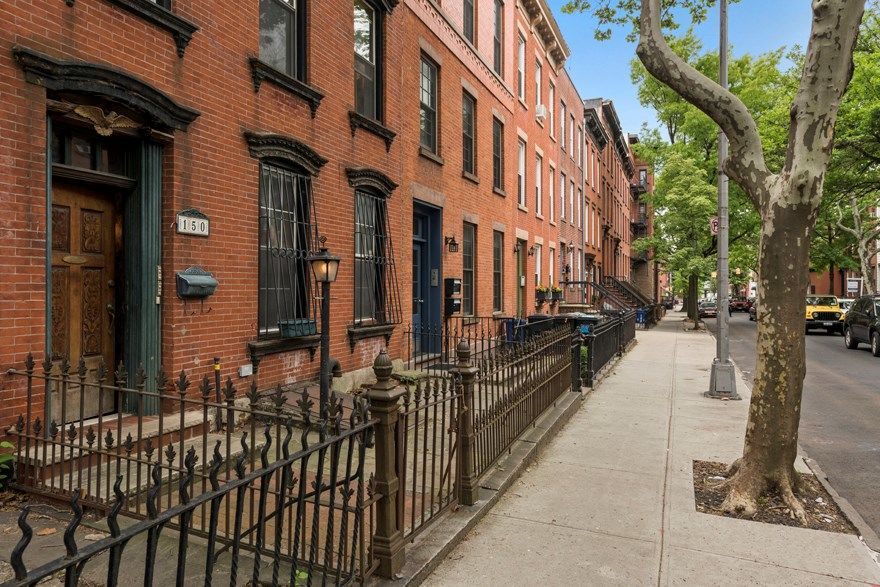 Come Home To One Of The Prettiest Blocks In Carroll Gardens! Photo 11 - BROOKLYNBRIDGE-BBR_2536