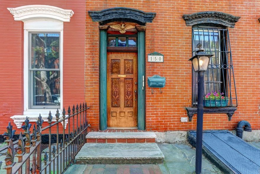 Come Home To One Of The Prettiest Blocks In Carroll Gardens! Photo 0 - BROOKLYNBRIDGE-BBR_2536