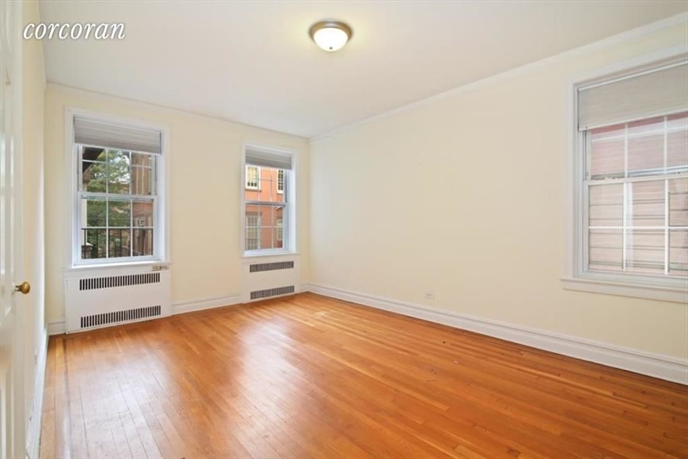 225 Sterling Pl, APT 2H Photo 2 - CORCORAN-5321546
