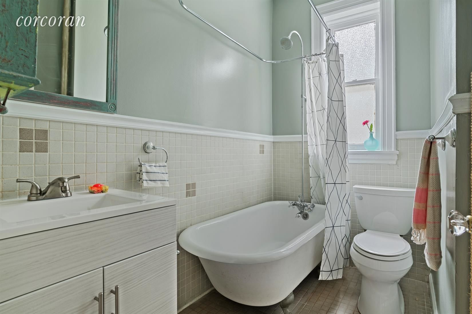 566 44th St, APT 2C Photo 6 - CORCORAN-5725633