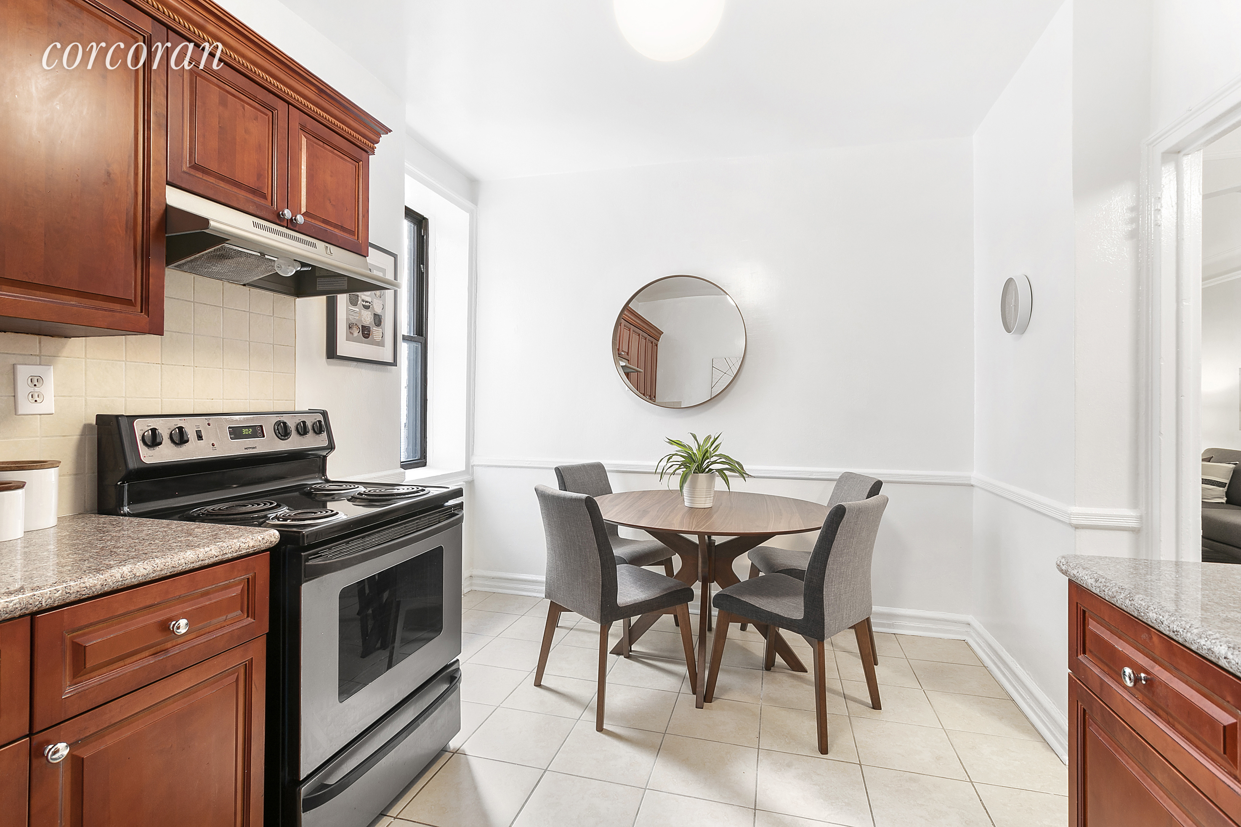 45 Martense St, APT 3A Photo 4 - CORCORAN-5893372