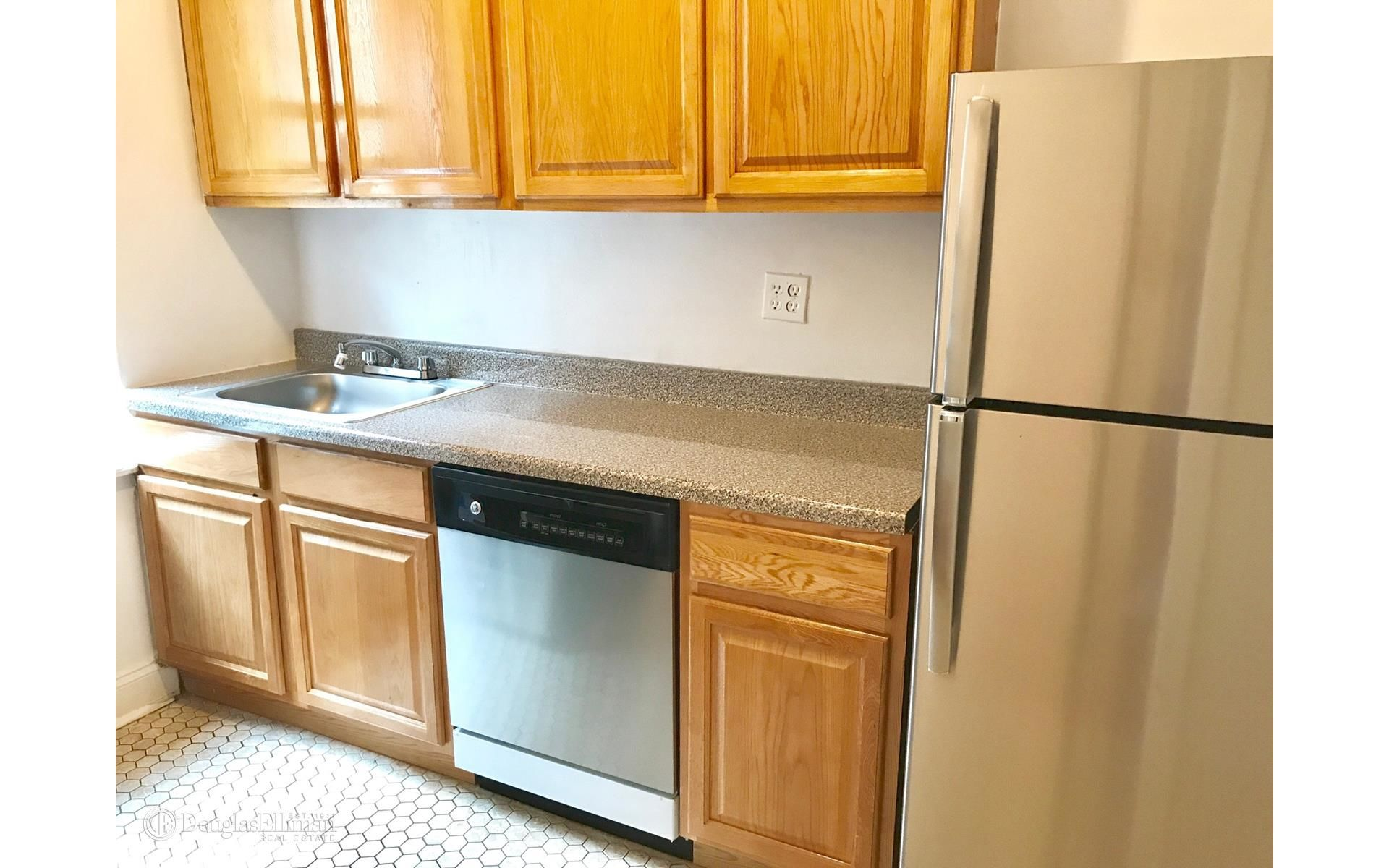 Kitchen cabinets 65th street brooklyn -  3706 65th St Apt 4g Photo 3 Elliman 2849339
