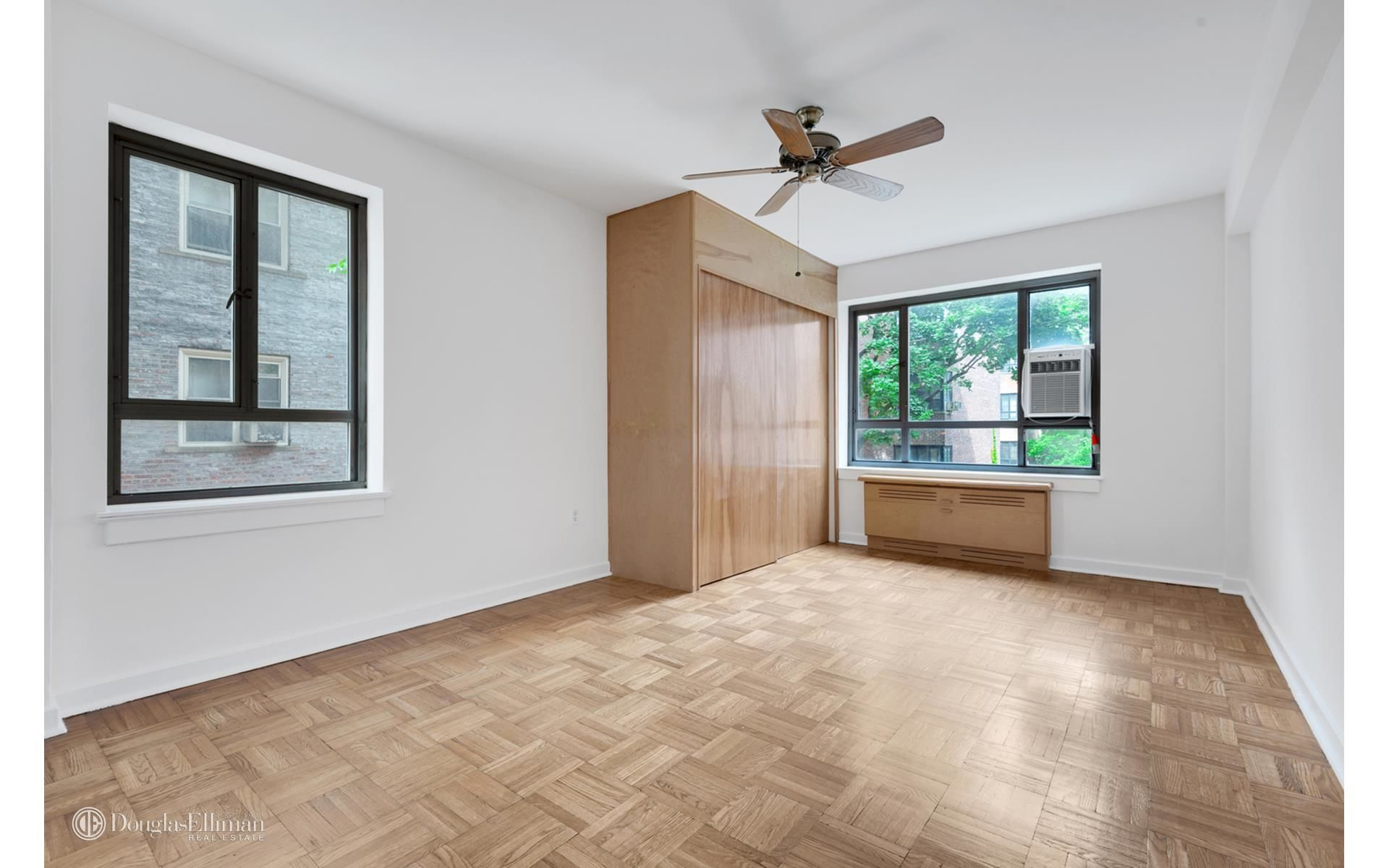 130 8th Ave, APT 2A Photo 7 - ELLIMAN-3787631