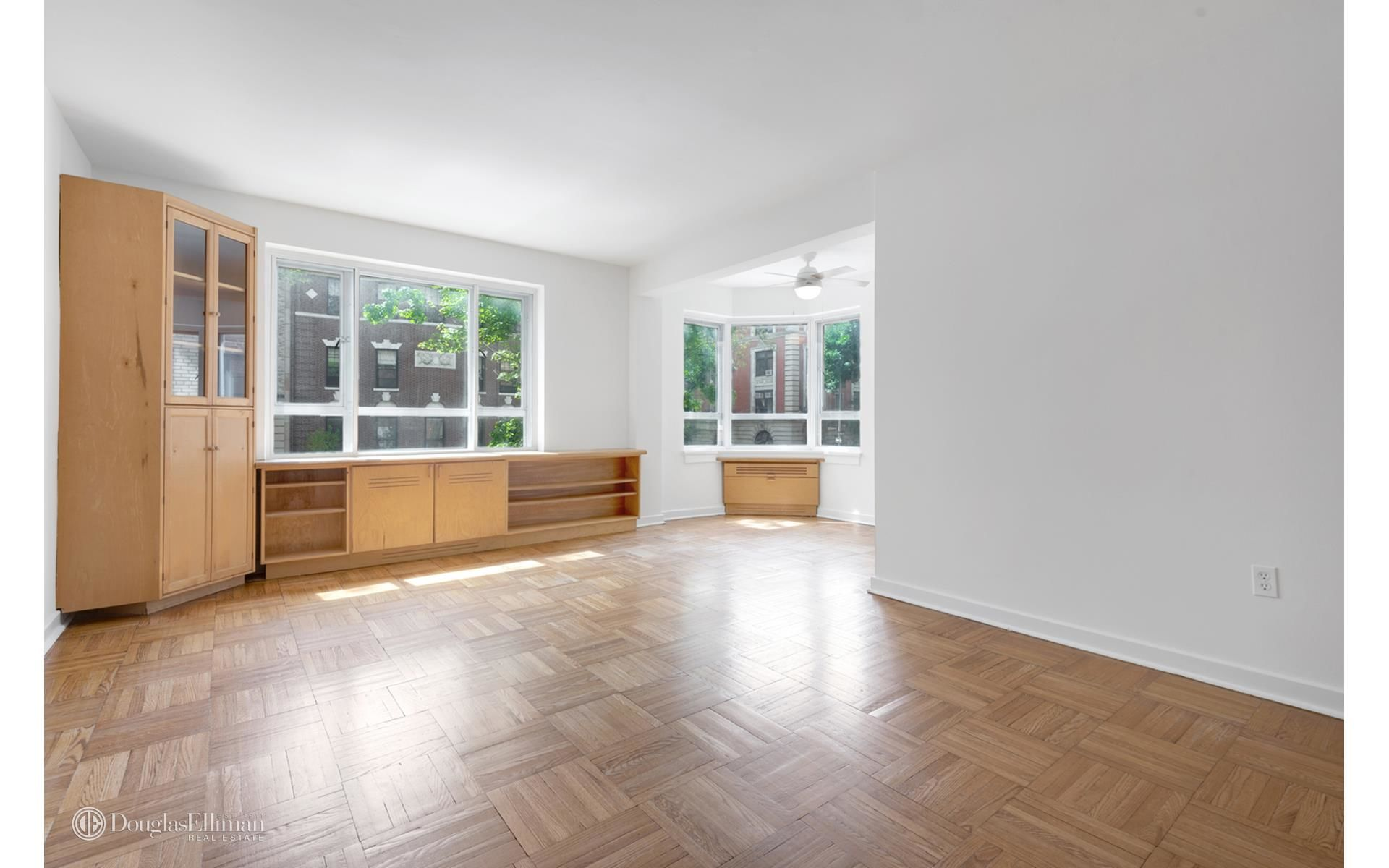 130 8th Ave, APT 2A Photo 5 - ELLIMAN-3787631