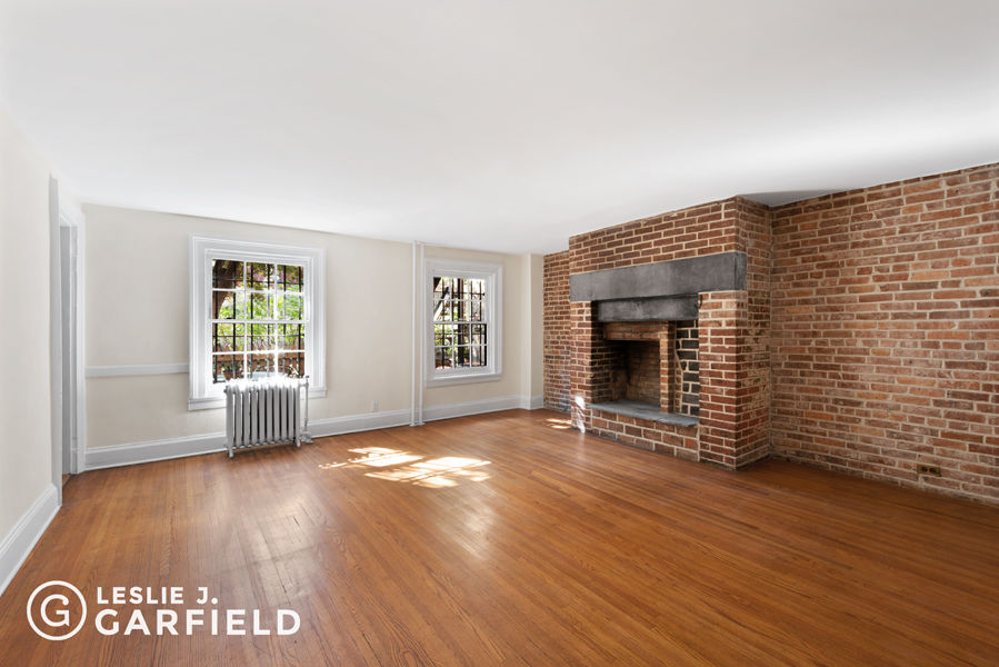 190 Warren St Photo 3 - NYC-Real-Estate-588420