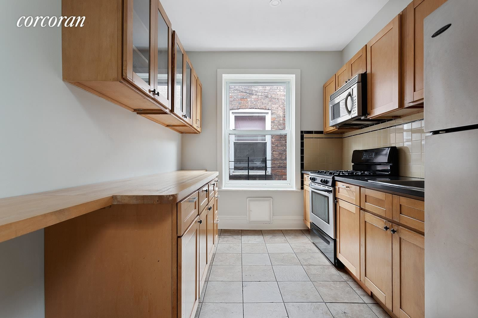 566 Osborn St Photo 10 - NYC-Real-Estate-681128